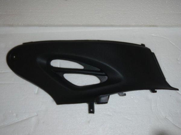 003 - Abdeckung Kunststoff rechts für RETRO125 Roller Znen Fosti