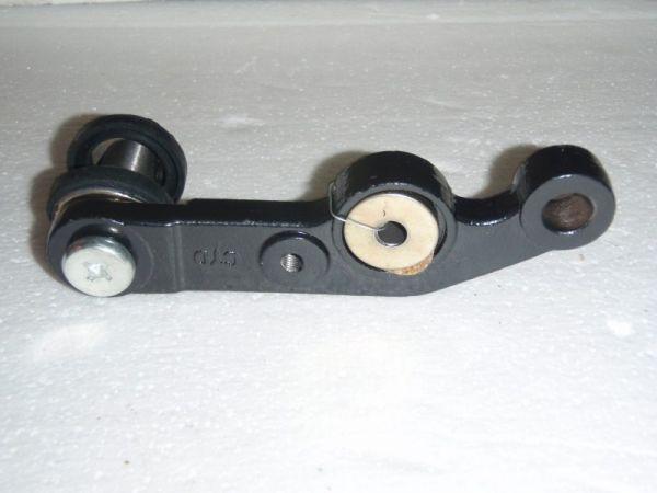 002 - Schwinge vorne links für RETRO125 Roller Znen Fosti