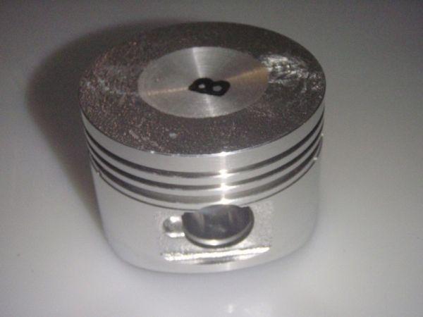 001 - Kolben für MOTOR RETRO125 Roller Znen Fosti