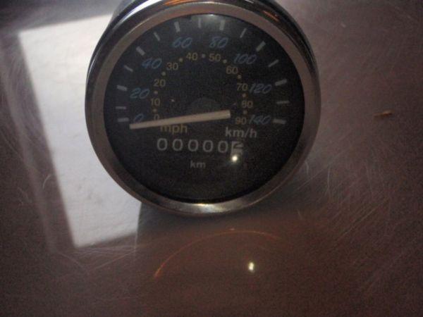009 - Tacho Geschwindigkeitsanzeige für RETRO125 Roller Znen Fosti