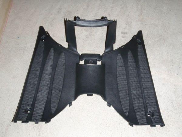 001 - Trittbrett für RETRO125 Roller Znen Fosti